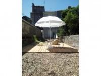 Central Porto garden apartment